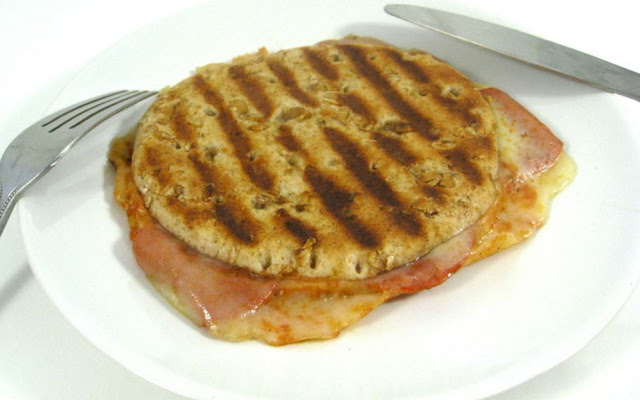 Weight Watchers Stuffed Pepperoni Pizza Melt