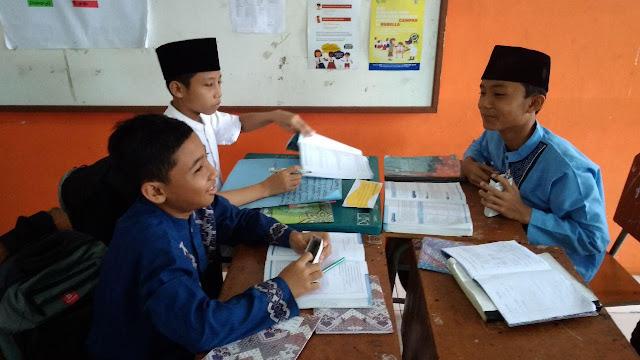 Belajar Himpunan dengan konsep MIKiR