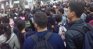 طبرقة/ احتجاجات التلاميذ تتسبب في إصابة بليغة لقيّم عام