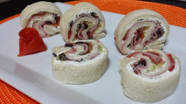 rollitos de pan de molde