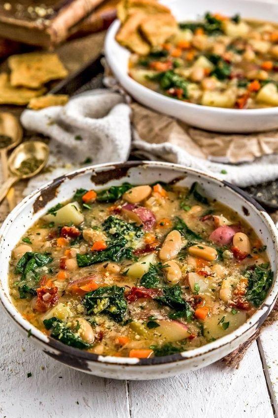 Tuscan Kale Potato Bean Soup