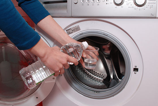 Hướng dẫn cách làm vệ sinh lồng máy giặt
