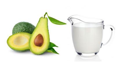 Bơ kết hợp với sữa tươi là cách trị tàn nhang hiệu quả