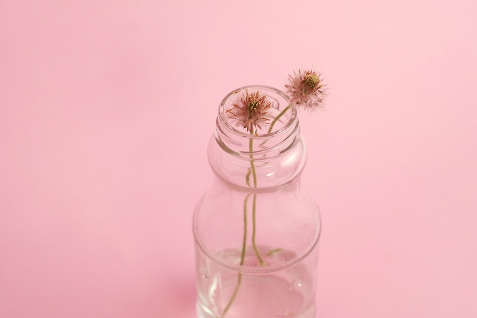 9 Up-cycle Glass Jars And Bottle Flower Arrangements