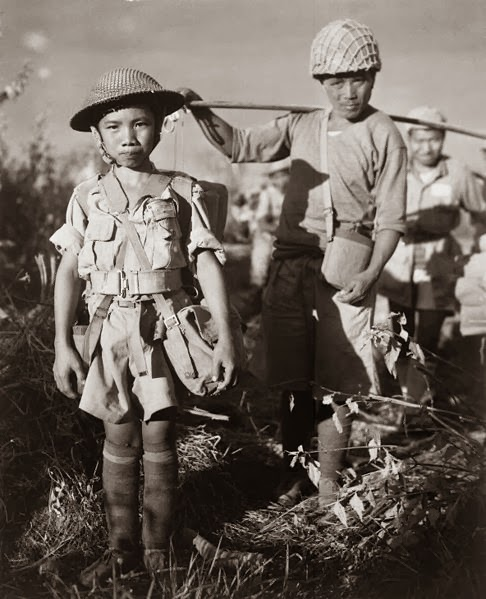 //worldwartwo.filminspector.com/2013/12/child-soldiers.html