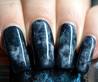 https://lenas-sofa.blogspot.de/2017/10/nyx-girls-nail-polish-139-robotic.html