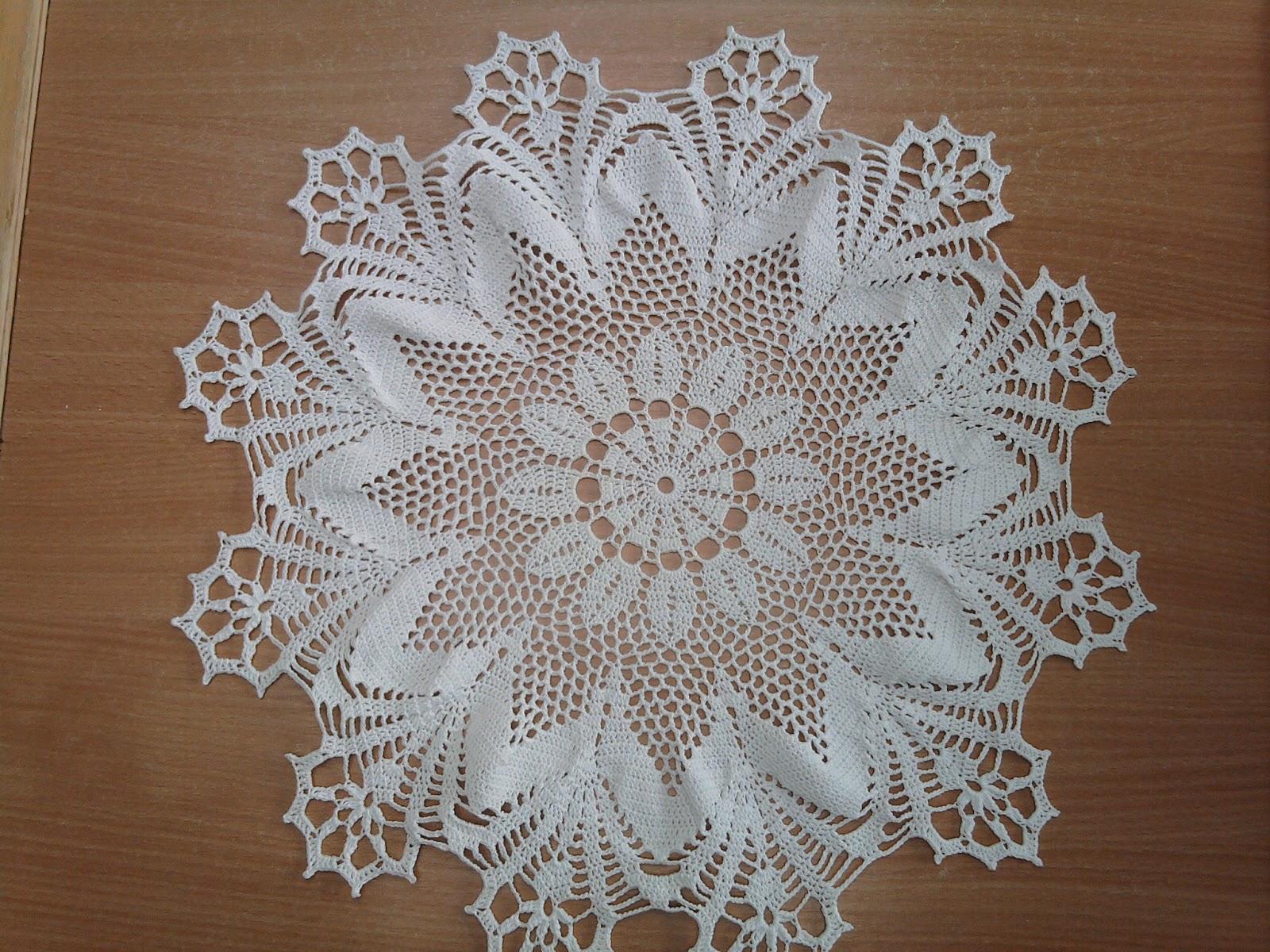 Idees De Fait Main Petit Napperon Rond Au Crochet
