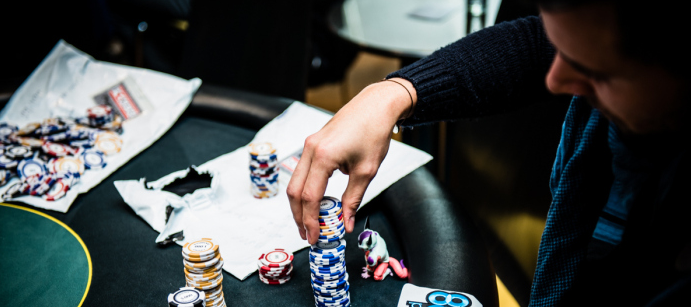 Pemula Wajib Gabung Situs Poker Online Menang-qq.co Nih!