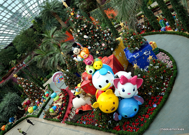 Cheekiemonkies Singapore Parenting Lifestyle Blog First Look At Disney Tsum Tsum Christmas Floral Display At Gardens By The Bay Cheekie Monkies