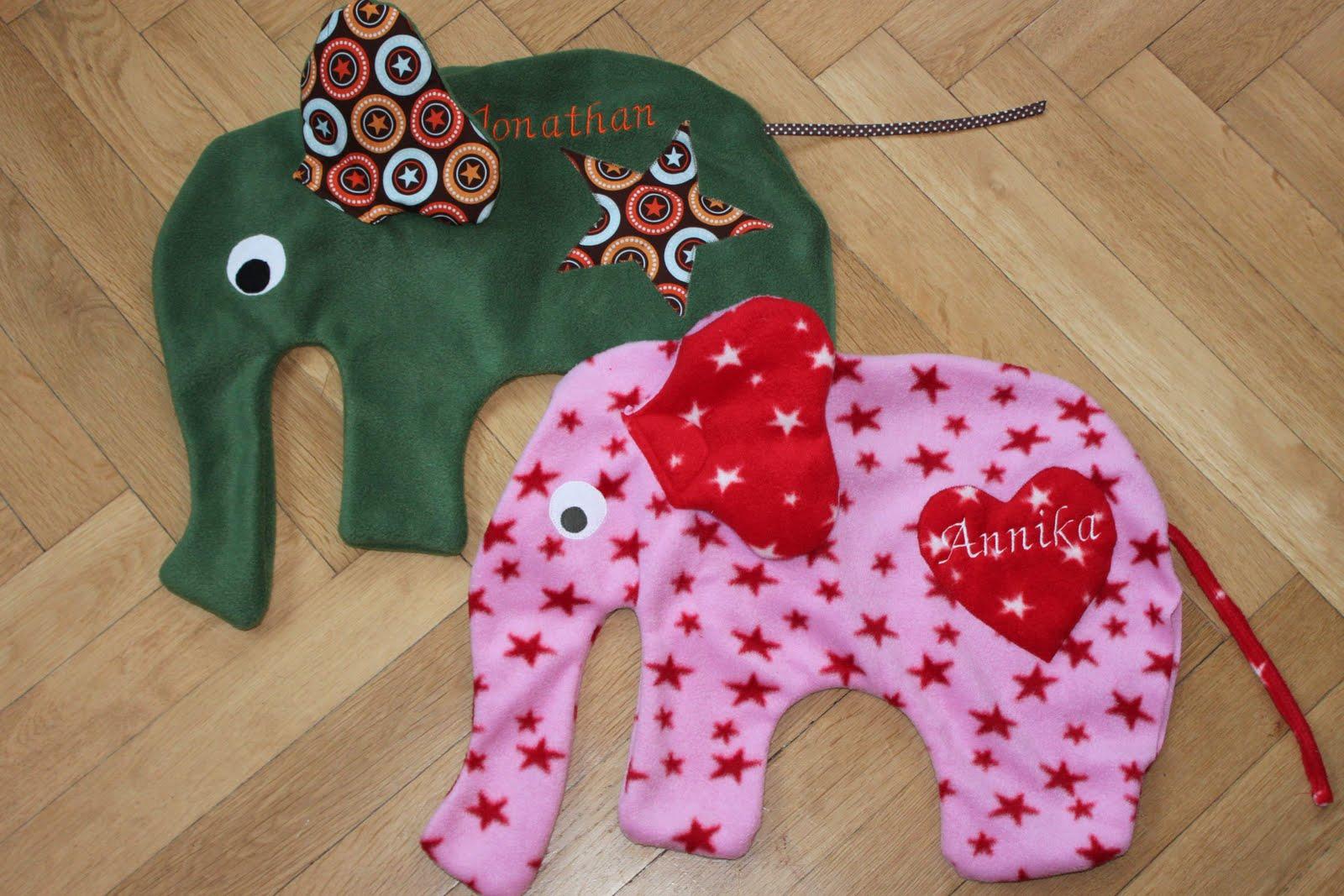 elefanten parade. Black Bedroom Furniture Sets. Home Design Ideas