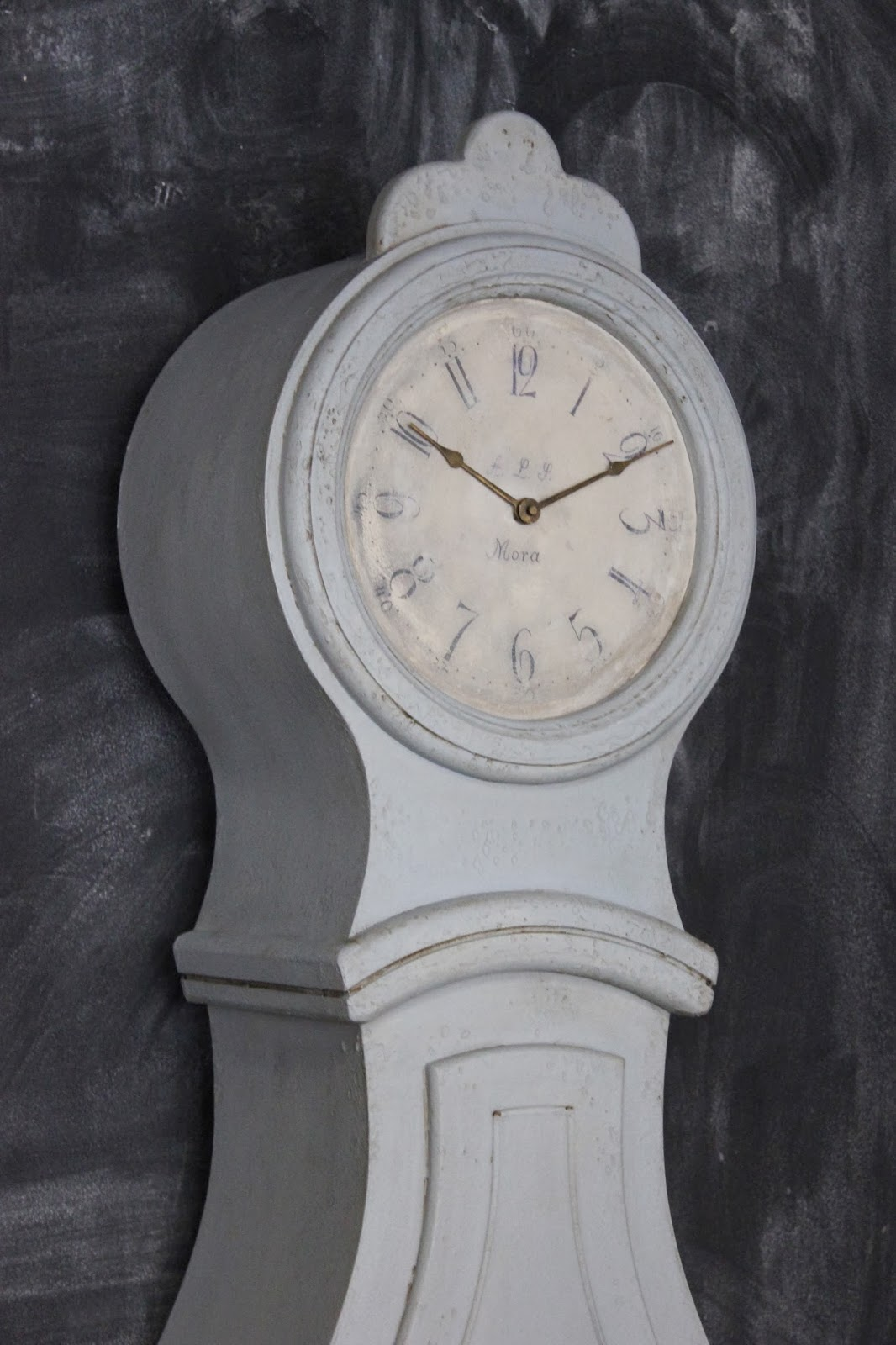 Maison Decor Amy Goes Antiquing In Maine Mora Clocks And