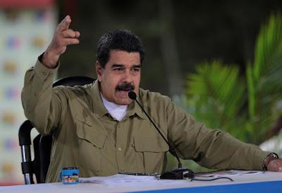 """Según indicó el presidente de la República, Nicolás Maduro al menos dos millones de venezolanos no pudieron votar en los comicios para la Asamblea Nacional Constituyente cubana """"porque no los dejaron votar"""".  """"Estimamos que más de dos millones de venezolanos no pudieron votar en la ANC porque no les dejaron"""", señaló durante su participación en la cumbre de la Alianza Bolivariana para los Pueblos de América Latina y el Caribe, Tratado de Comercio de los Pueblos (Alba-TCP).  Vale recordar que la empresa de tecnología, SmartMatic denunció que durante este proceso electoral se produjo un fraude y recomendó que se hiciera una auditoría."""