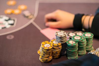 Menang di Poker Online