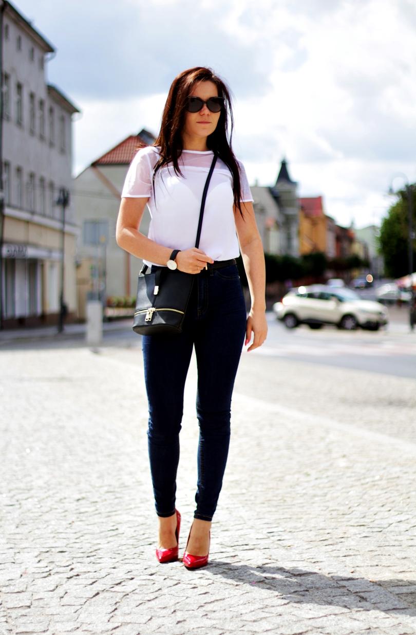 besima, daniel wellington, dw, czerwone szpilki, klasyczne, klasyczna, jeans, skinny, fit, fashion, mgiełka, koszula, biała, e-stylowo, przeciwsłoneczne, solano,