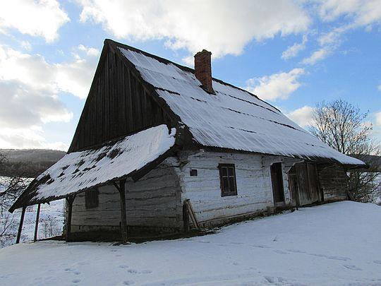 Dom mieszkalno-gospodarczy nr 40 (oraz spichlerz) drewniany z 1927 r. [250/78 z 28.04.1978].