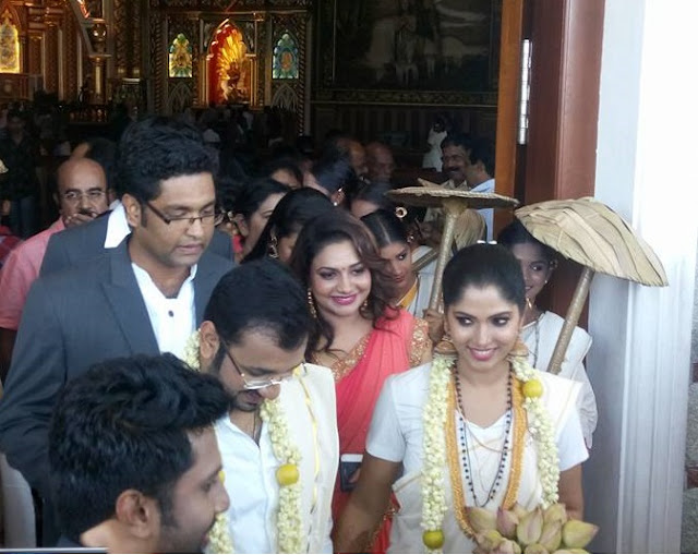 Muktha and Rinku Tomy after the marriage ceremony