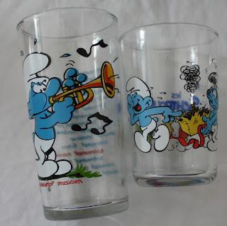 Vintage smurf mustard glass