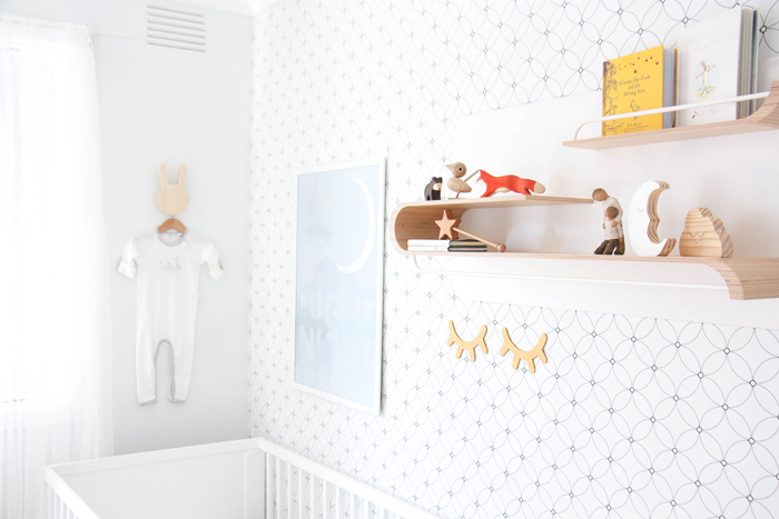 Nursery with Rafa-kids L shelf