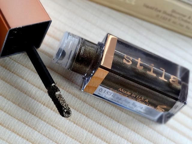 Stila Shimmer & Glow Liquid Eyeshadow in La Douce