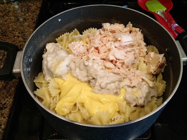 One Pot Chicken Noodle Pasta--only uses one pot and done in 20 minutes!