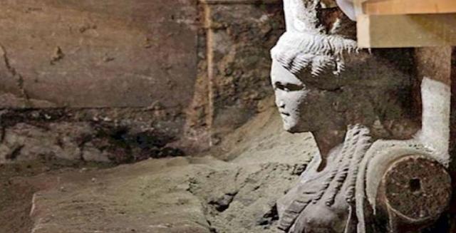 """Ιταλός Αρχαιολόγος Για Αμφίπολη: Kαι Όμως Υπάρχουν Ακόμα Δύο Θάλαμοι Προς Εξερεύνηση """"Οι Ευρωπαίοι Δεν Θέλουν Να «Ανυψώνεται» Η Ελληνική Ιστορία!"""""""