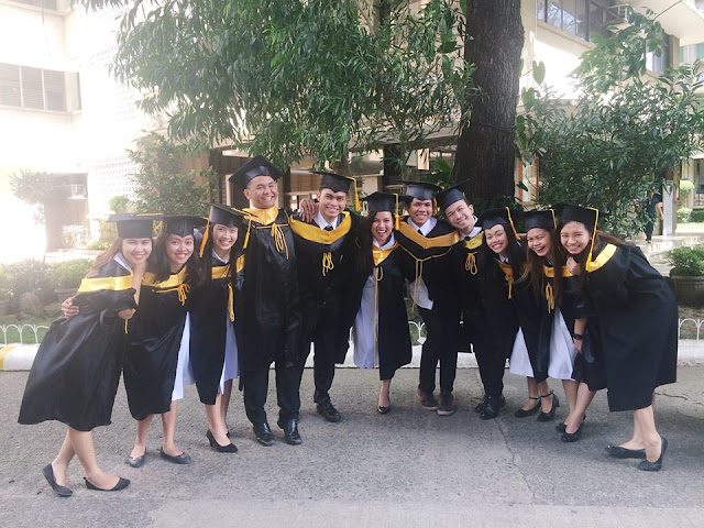 ULTIMATE SQUAD GOALS: Circle Of Friends Graduates From College All With Honors!