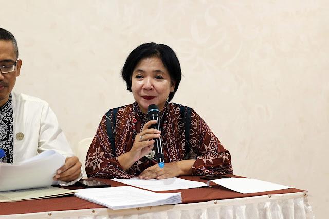 Zulkifli (Plt. Kabid Pariwisata) & Widianingsih (Manager PT. Mitra Bangun Kota)