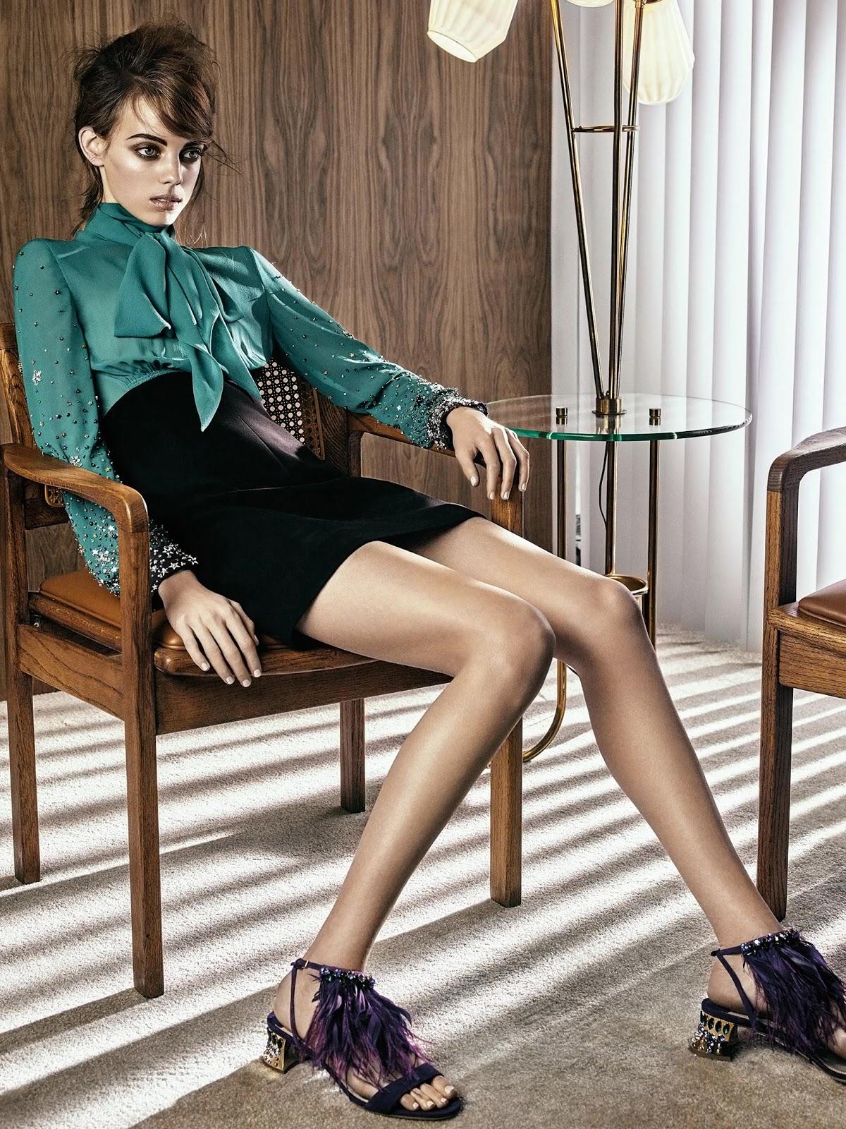 2017 05 kayla autumn ward legs - Set Design Juliet Jernigan