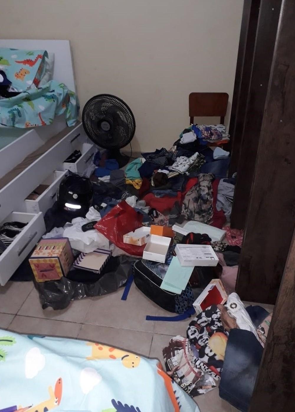 dcfde013ff Bandidos arrombaram uma residência na segunda-feira (24) em Santa Cruz do  Capibaribe