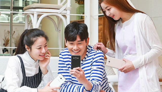 Samsung meluncurkan Galaxy J5 (2016) dan Galaxy J7 (2016) di Korea Selatan