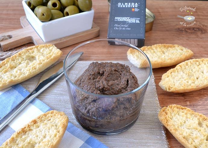 Tapenade, olivada o paté de aceitunas (Receta fácil)