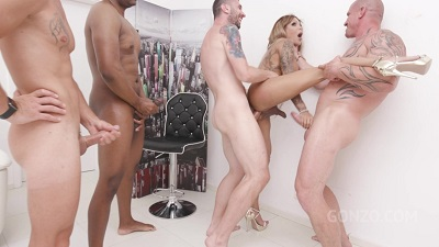 LegalPorno – Vanessa Jhons – Trans Vanessa Jhons welcome to Gonzo with first time double anal SZ2489