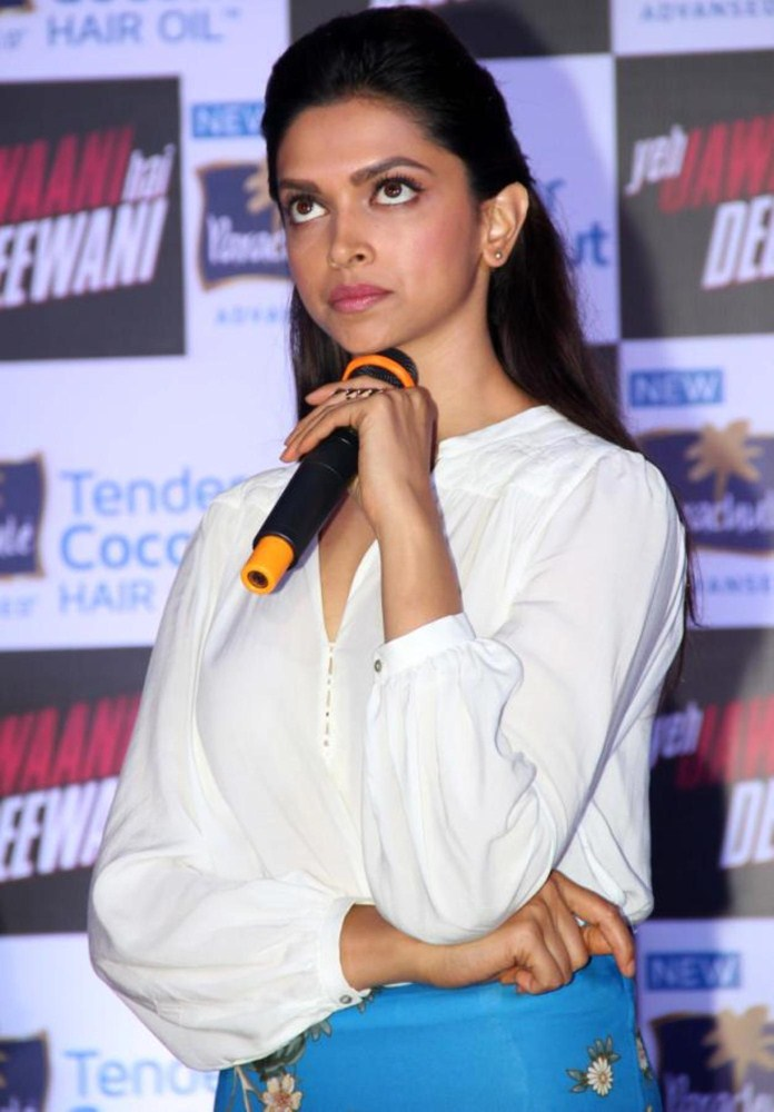 Deepika Padukone Hot Cute Photos In White Dress