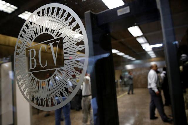 Chequeras seguirán vigentes para el nuevo cono monetario