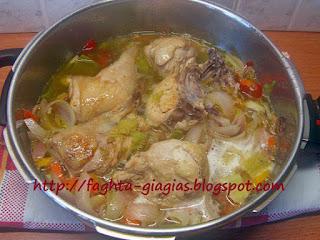 Κοτόπουλο με πιπεριές και μπύρα - από «Τα φαγητά της γιαγιάς»