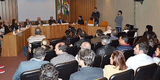 Evento de assinatura do Contrato Organizativo de Ação Pública Ensino-Saúde: cooperação contribui para formação profissional e amplia serviços para a população da rede pública de saúde