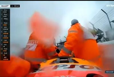 Detik-detik Kecelakaan Marquez di Kulifikasi GP Silverstone 2016