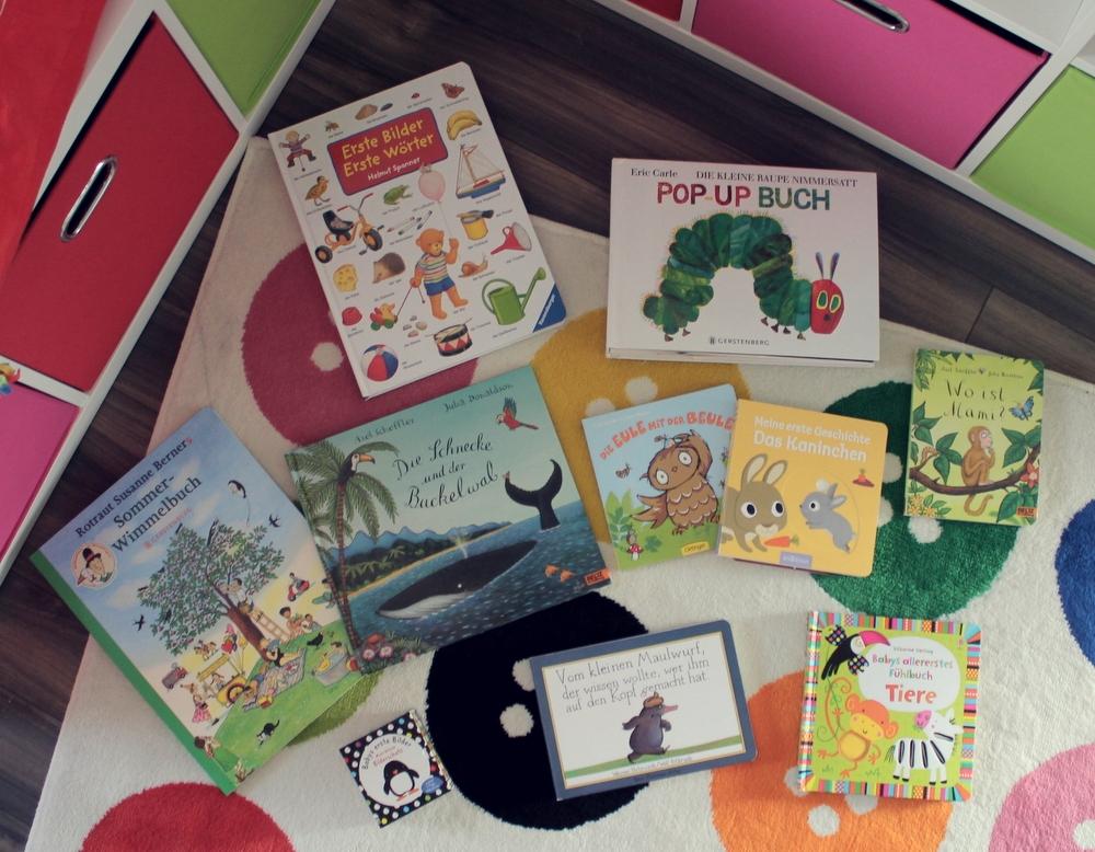 Bücherregal gezeichnet  Favoriten aus dem Bücherregal - EINFACH INA