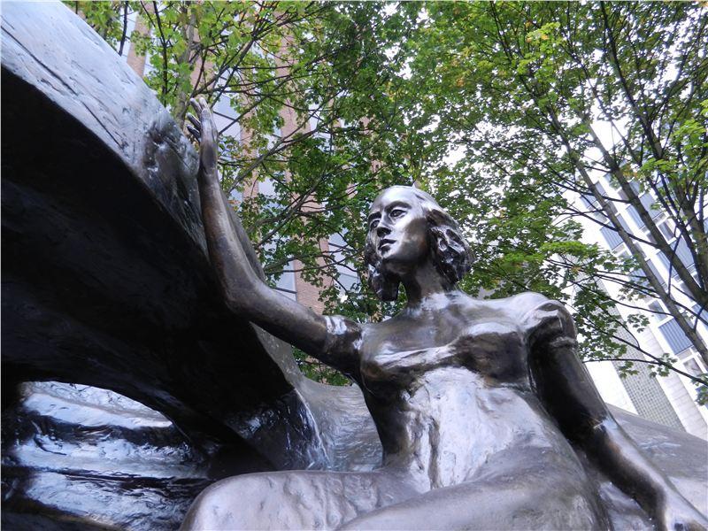 Chopin statue - Deansgate, Manchester