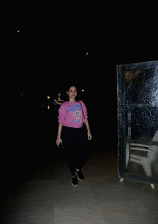 Tamannaah Bhatia Without Makeup Face In Mumbai Streets