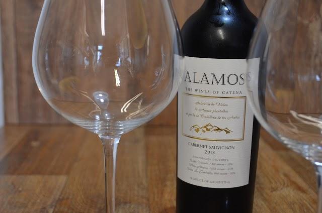 Que quantidade de vinho servir em cada copo?