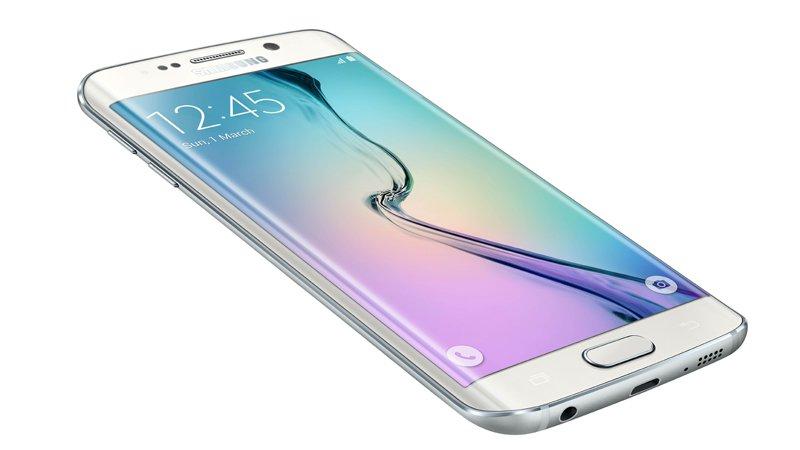 Smartphone Samsung dengan RAM 3 Giga