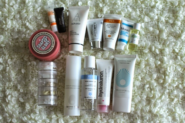 What's In My Holiday Make Up Bag?
