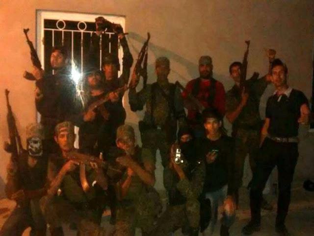 Los Cárteles de drogas difunden brutales vídeos de decapitación al estilo ISIS, aterrorizando el sur de México