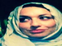 Warga Muslim Amerika ini Temukan Catatan Yang Menyentuh Dipintu Rumahnya