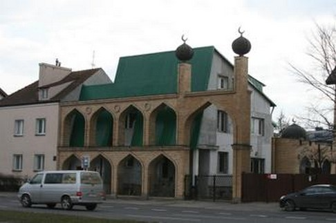 Mengapa Pembangunan Masjid di Polandia Ditentang?