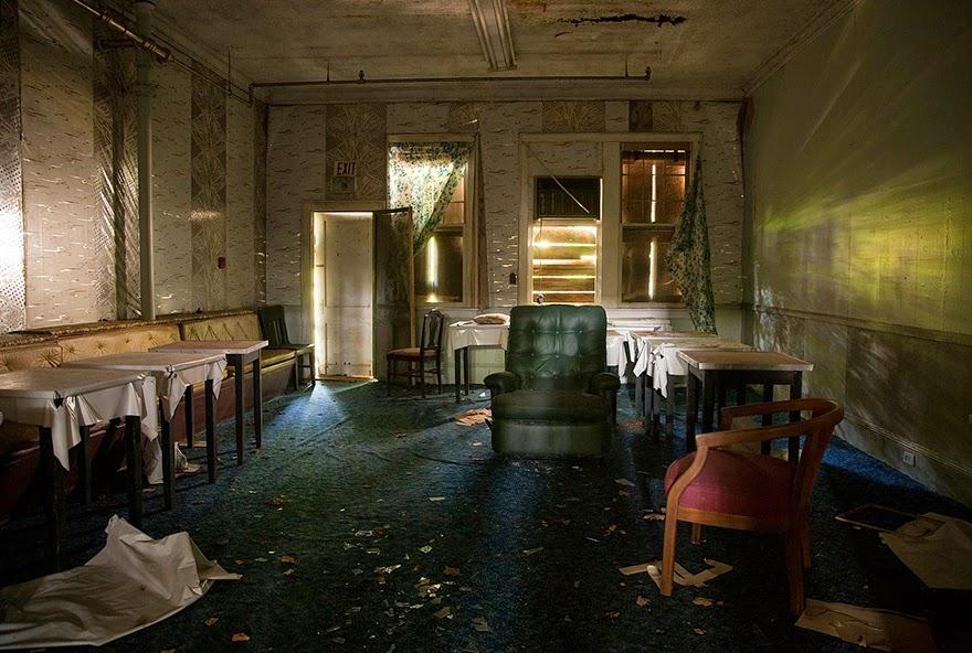 Imagen Post-apocalípticas con un toque de serie zombi.
