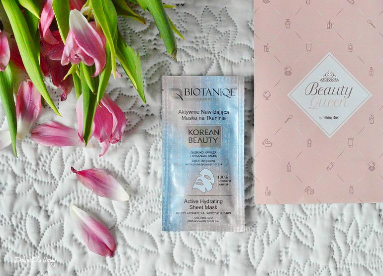Beauty Queen by ShinyBox-  Biotaniqe Nawilżająca maska na tkaninie