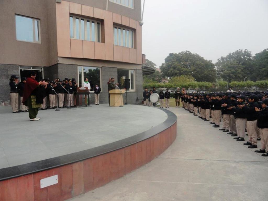 Image result for Bhavan Vidyalaya, Sector 33 images