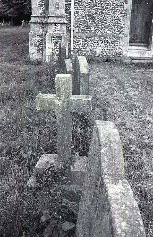 Mysterious Gravestone of Ella Morse